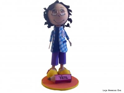 Muñeca Vera asistente de educación