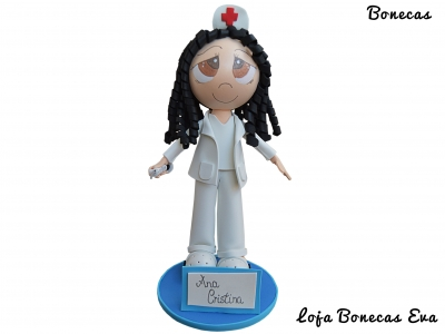 Eva muñeca enfermera Ana Cristina