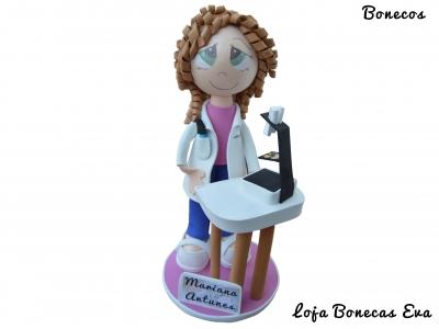 Boneca Biomédica Mariana