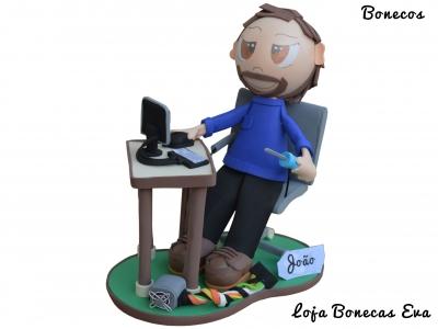 Boneco em Eva Técnico de Informática João